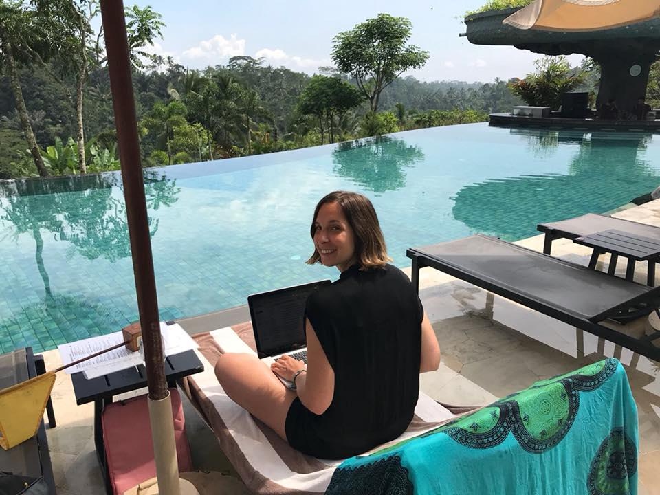 Terugblik op 6 maanden digital nomade zijn | Sjanett met Anne Neijnens \ transformatie podcast