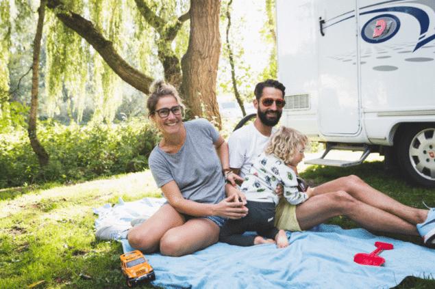 Leven in een camper, ouderschap en het loslaten van labels | #46 Lotte Nap transformatie podcast sjanett de geus